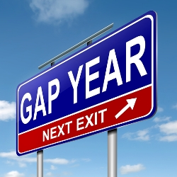 the pros and cons to a gap year before college Gap years: pros and cons between school or college and university is a good time to take time out, whether it's to earn some money for your studies, get work experience, travel the world or.